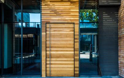 Puertas modernas: privacidad y protección en tu hogar