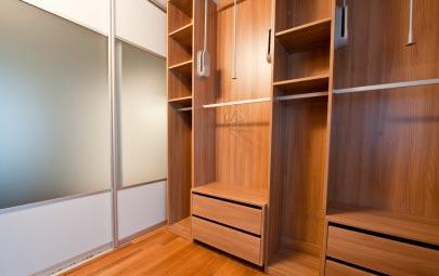 Cómo hacer un closet de madera