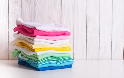 Cómo quitar manchas de desodorante