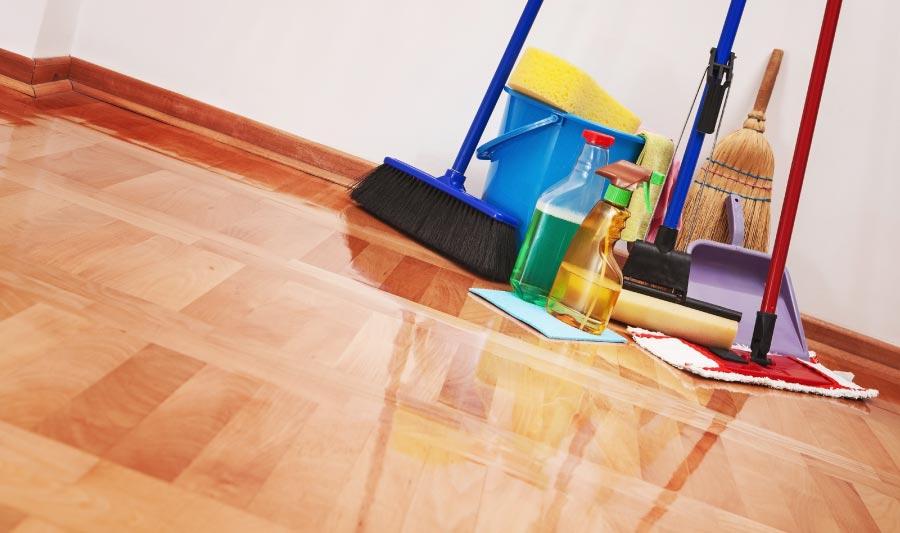 Cómo barrer la casa con la escoba correcta