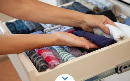 Cómo quitar el moho de la ropa - buscando moho en la ropa