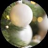 ¿Cómo decorar un árbol de navidad y sorprender a tu familia?