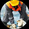 ¿Qué riesgos debe prevenir un albañil?