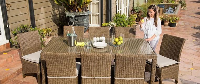 Juegos de terraza mesas y sillas de exterior parasoles for Columpio de terraza homecenter