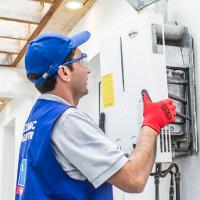 instalación de calentadores a gas o eléctricos